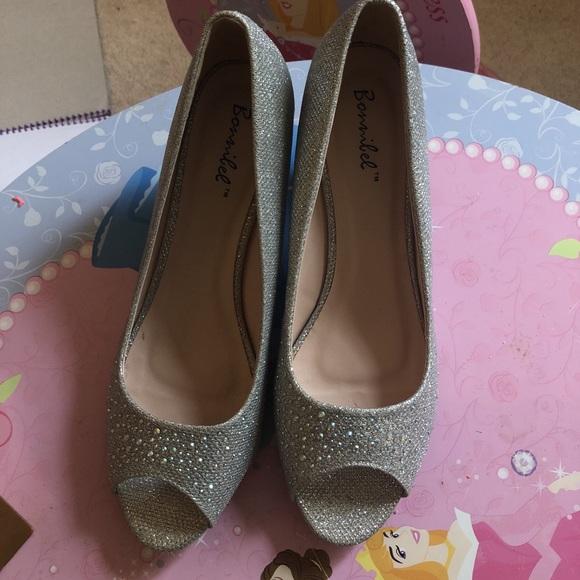 3c6b1d294 Bonnibel Shoes   Elegant Low Heel Pump Silver   Poshmark